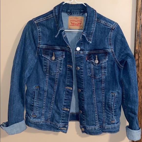 Brand: Levi's, juniors large; Jean jacket